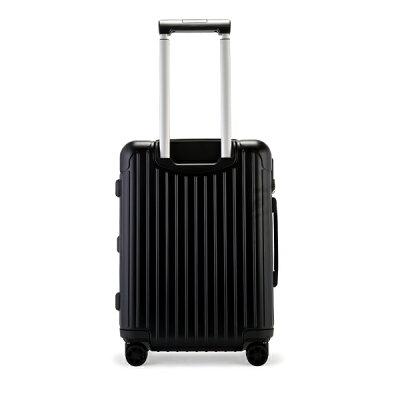 RIMOWA(リモワ)おすすめのスーツケース ESSENTIAL Cabin S 2