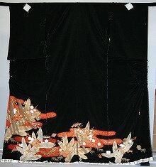 【レンタル】【貸衣裳】 rt214:松葉に宝づくし 留袖 【貸衣装】 ワイドサイズ ゆったりサイズ 大きいサイズ 往復 送料無料【smtb-k】