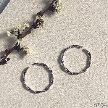 《全品送料無料》シルバー925 スクリューデザイン 細めシンプル オープンリング フリーサイズ レディース 8号 9号 10号 銀 極細 ねじねじ 指輪