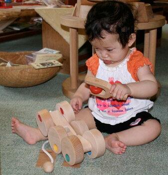 六輪車(オープンタイプ)日本グッド・トイ委員会認定おもちゃ選定玩具出産祝い赤ちゃんおもちゃおしゃぶり銀河工房木のおもちゃ