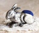 伝統のイギリス製ピューター ピンクッション《ウサギ》