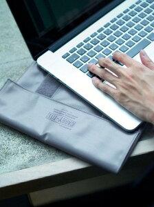 [Rakuten Fashion][ ペンコ ] LV PENCO Carry Tight Case L PC タブレット ケース UNITED ARROWS green label relaxing ユナイテッドアローズ グリーンレーベルリラクシング その他 その他 グレー ホワイト ブラック
