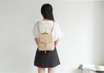 海外ブロガーのファッションの秘訣 スタイル カジュアル 小さい鮮な 可愛い リュックサック(T)