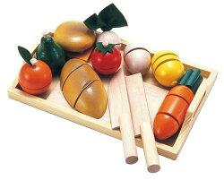木製玩具おままごとセット包丁で野菜をザクザク