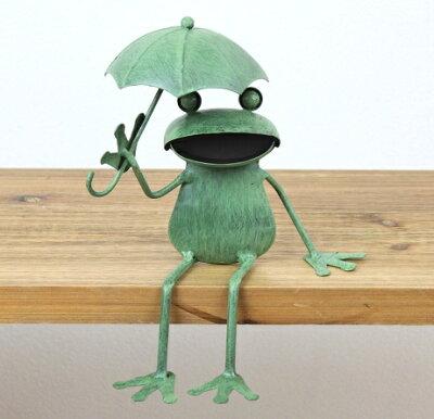 【レビューを書いてプレゼント】ガーデンオーナメント かわいいブリキのカエル かえる置物 アン...
