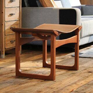 商品名|本革木フレームスツール小椅子サイズ|幅58奥行39高さ41cm主素材|天然木(アッシュ)本革送料無料送料込みスタイリッシュでクラシカルなデザインのかっこいいスツールカッコイイスツール