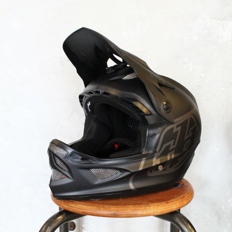 【ダウンヒル用】D3 FIBERLITE MONO フルフェイスヘルメット TroyLeeDesign/トロイリーデザイン