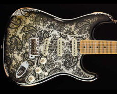 FenderCustomShop2018Limited1968StratocasterRelicBlackPaisley