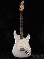 【送料無料】BacchusUniverseSeriesBST-1RSLV新品シルバー[バッカス][ユニバースシリーズ][BST1R][Stratocaster,ストラトキャスタータイプ][Silver,銀][ElectricGuitar,エレキギター]