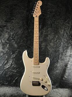Squier Deluxe Stratocaster PWM新貨珍珠白金屬[鋤頭年][derakkususutoratokyasuta][Pearl White Metallic,白][電子吉他,Electric Guitar]