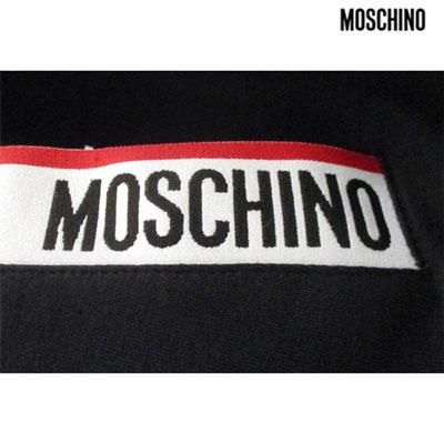2019年春夏新作 モスキーノ MOSCHINO メンズ ポケットロゴ・フード裏ロゴ入りジップアップパーカー ロゴ セットアップ着用可(パンツ別売り) ブラック 黒 1709 8127 555  91S 【smtb-TK】