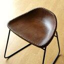 本革スツール デザイン レザースツール 本革椅子 スリム 軽量 アイアン アンティーク リビングチェアー 玄関椅子 いす チェアー イス おしゃれ シンプル スタイリッシュ モダン レトロチェア 本革張り レザーチェア アイアンスツール アイアンと本革のスツールBの写真
