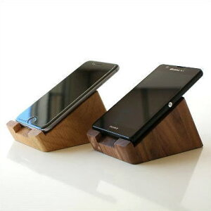 スマホスタンド 木製 おしゃれ iPhoneスタンド 充電しながら 天然木 スマートフォンスタ…