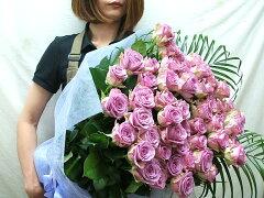 バラ フラワーギフト やっぱりバラが人気ですなかでも気品の紫のバラ 花束 は高価で希少ですバ...