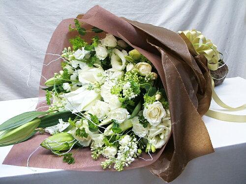 """花束 プレゼント 女性 フラワーギフト """"ホワイトブーケ""""白をメインにした花束 誕生日 プレゼント..."""