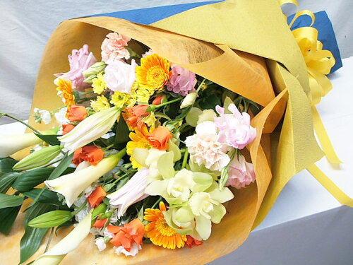 花束 ギフト 誕生日 花 送料無料還暦祝い結婚祝いお見舞い退職祝いフラワーギフト