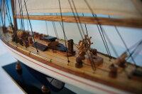 ヨットエンデヴァー青/白GoodQuality(S)帆船模型(完成品)
