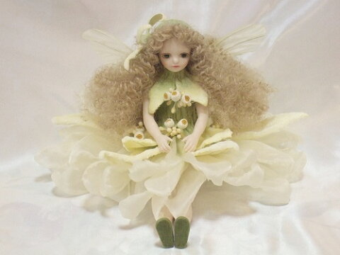 【送料無料】若月まり子 お花の妖精人形♪エルフィンフローリー:エーデルワイス【楽ギフ_包装】【楽ギフ_のし】ビスクドール 御祝 贈答 創作人形 ギフト 結婚祝 出産祝 記念品