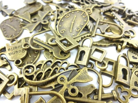 金古美 チャーム 小さめ 60個セット 鍵 羽 ハート 時計象 リボンなど アンティークゴールド アクセサリー パーツ カン付き カンなし 金具 金属 メタル ピアス レジン 素材 ハンドメイド 材料