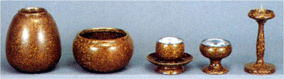 モダン仏具 すずらん5 具足(小) :仏壇仏具 神棚 数珠のLifeハセガワ