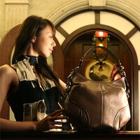【cooga】3つめのトレージア限定色Tresia(トレージア)Sepiaセピア一生、宝物にしたい香水瓶のバッグ