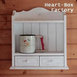 家じゅうのいろんな場所で、細々した物の収納に大活躍。[棚,調味料,木製,壁,収納,ウォール,シェ...