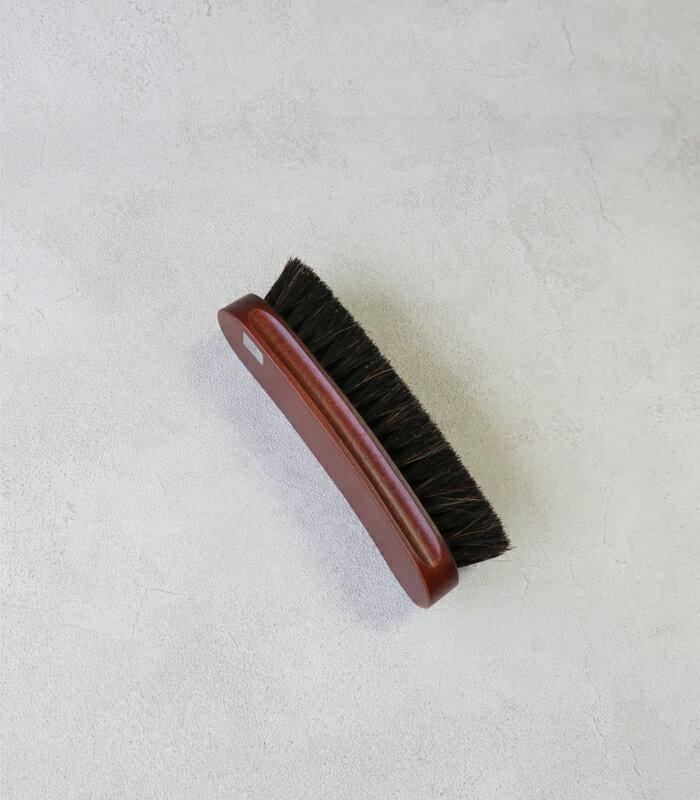 【返品不可商品】コロニル社★お手入れの基本はブラシから。しなやかな馬毛で表革・起毛革オールマイティーに使える馬毛ブラシ