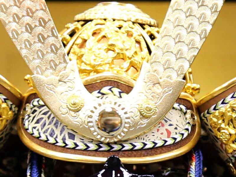 鈴木利光作 金小札小桜韋縅之大鎧 本金箔押小札 正絹糸縅 矧ぎ合わせ鉢
