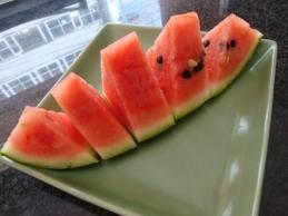 フルーツひろは高知産夜須西瓜