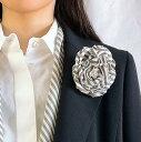 シルク混 ストライプ 母の日ギフト スカーフ コサージュ ローズ 日本製 カラー ホワイト×グレー スカーフとセット 結婚式 職人手作り