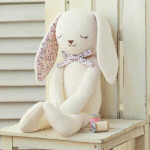 ほのぼのラビット♪その日から作れる綿と糸も一緒にお届け♪さらに「ウェルカムドールの作り方...