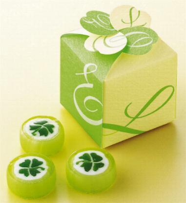 四つ葉のキャンディー3粒入りクローバーボックス(1個)【結婚式 プチギフト】