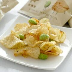 北海道産の枝豆としょうゆ風味ポテトチップス※品質の劣化を防ぐため、冷蔵・冷凍の商品と同梱...