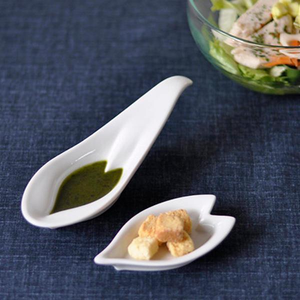 九谷焼hiracleひらくる さくらレンゲ皿(ホワイト2枚)&花びら皿(ホワイト2枚)セット[化粧箱入り]