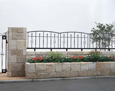 商品リンク:ノース&ウエストさんの鋳物フェンス2の写真画像