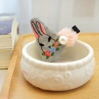 【手作り】子どもヘアゴムヘアアクセサリーウサギ柄可愛い子ども親子髪飾り刺繍真珠プレゼントギフト入園式誕生日パーティーお祝い