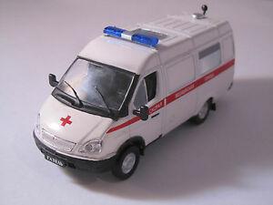 車・バイク, レーシングカー  erusse service voitures ambulance gazelle asmp nonutilise143 deagostini