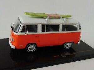 【送料無料】ホビー 模型車 車 レーシングカー オレンジサーフボードバスvw t2 break 1975 orange planche de surf 143 ixoclc302 type bus volkswagen bulli