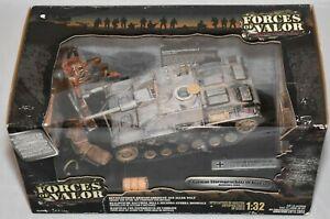 車・バイク, レーシングカー  forces of valor 81206 stug iii ardennes 1944 3rd panzer gren echelle 132 scelle