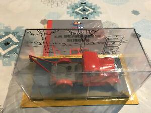 【送料無料】模型車 モデルカー ブラックゴールドミニチュアレッカーシムーンティンティン画像