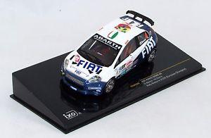 【送料無料】模型車 モデルカー スポーツカーフィアットプント#ラリーマデイラネットワークfiat punto s2000 4 rally madeira 2006 n ram288 143 ixo
