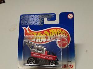 【送料無料】模型車 モデルカー スポーツカーホットホイールラジライヤーワゴンオリジナルボックスオンhot wheels radio flyer wagon 912 with original box