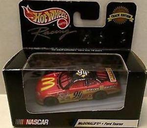 【送料無料】模型車 モデルカー スポーツカーホットホイールレーシングマクドナルドフォードトーラスビルエリオットtas003458 hot wheels racing mcdonalds ford taurus bill elliott 94