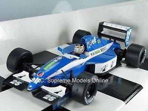 【送料無料】模型車 モデルカー スポーツカーティエリールノーサイズフォーミュラオニキスモデルタイプthierry bousten renault car 124th size formula 1 one onyx models type y0675j^*^