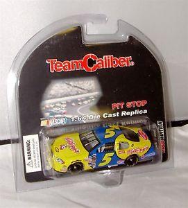 【送料無料】模型車 モデルカー スポーツカーチーム#ケロッグ#モンテカルロカイルピットストップ164 tc team caliber 2005 5 kellogg039;s monte carlo kyle busch rookie pitstop 05