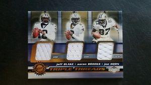 【送料無料】スポーツ メモリアル カード 2001ジェフブレークアーロンブルックスジョーホーンジャージーカード32001 impressions triple threads jeff blake, aaron brooks, joe horn jersey card
