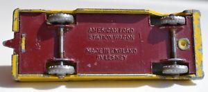 【送料無料】模型車 モデルカー スポーツカー マッチアメリカフォードステーションワゴンクリムゾンベースmatchbox lesney no 31 yellow american ford station wagon crimson base spw