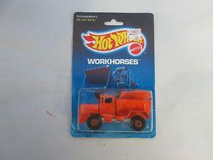 【送料無料】模型車 モデルカー スポーツカー ホットホイールオシュコシュスノープラウ1989 hot wheels workhorses oshkosh snowplow