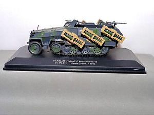 車・バイク, レーシングカー  eaglemoss diecast 143 refex01a hanomag sdkfz 251 german army kursk 1942