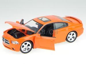 【送料無料】模型車 モデルカー スポーツカー オレンジモデルカーヒートdodge charger rt 2011 orange modellauto 73354 motormax 124